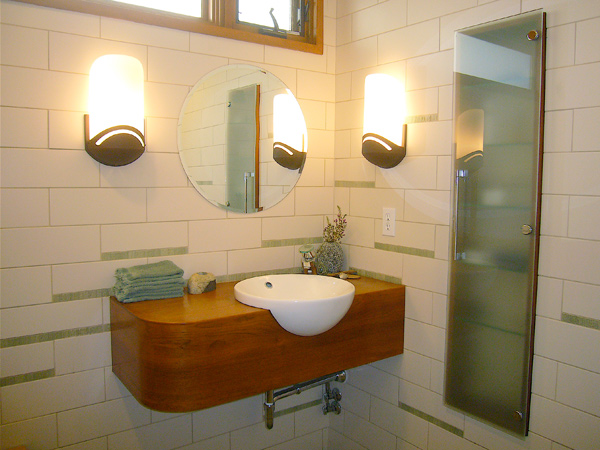 bathroom-port
